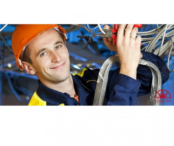 Монтаж каблів мережі інтернет